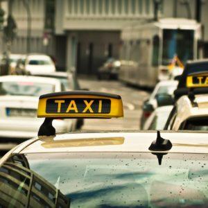 servicio de taxi en la costa brava